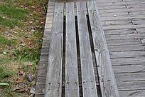 公园长木椅