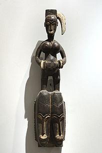 非洲木雕头像与女人体