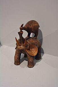 非洲象与鸟木雕