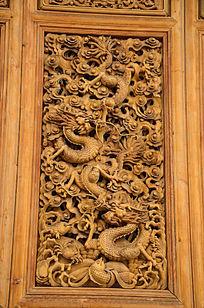 二龙戏珠实木雕刻