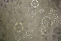 银色花纹压纹皮革