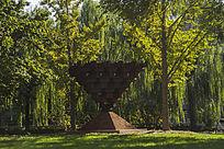 东方之冠雕塑