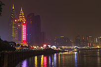 重庆南滨路江边夜景