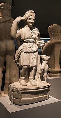 狩猎女神狄安娜雕像图片