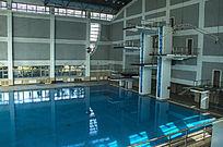 清华大学陈明游泳馆跳台