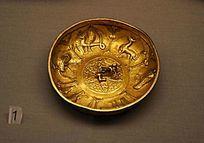 雕有动物图像的鎏金银碗