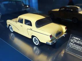 上海牌老式轿车