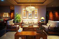 古香古色的客厅