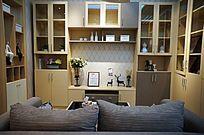 客厅沙发电视墙