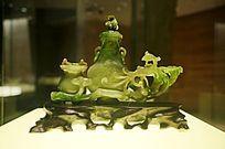 清(1644-1911)碧玉灵芝双联瓶