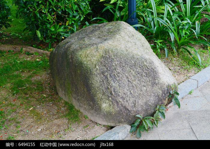 石头做动物图片