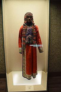 蒙古族妇女盛装