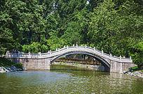 烈士山人防公园英泽湖复拱式石桥