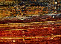 色彩斑驳的实木拼接木板