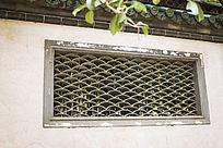 古代园林建筑的窗子和屋檐
