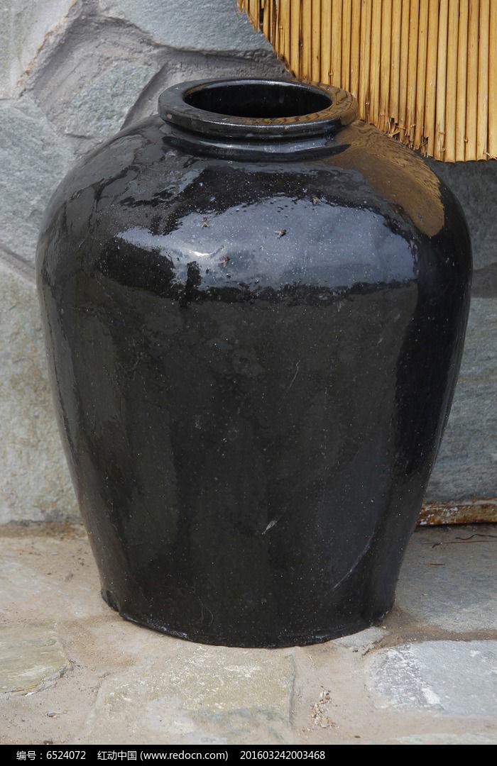 �}��_黑色罐缸