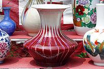 红色渐变花瓶