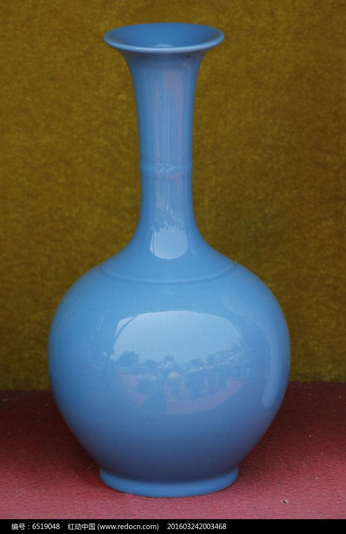 蓝长颈花瓶图片