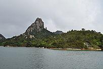 温州茶山水库湖水图片