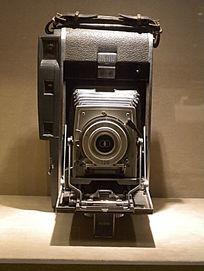 侧开型伸缩型相机