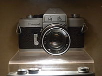 海鸥牌高档单反135相机