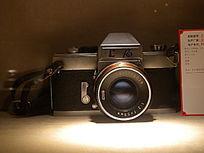 上海牌高档单反135相机