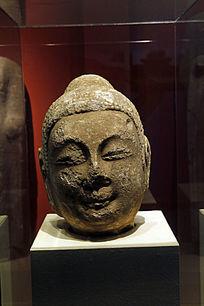 北朝石造男人像头