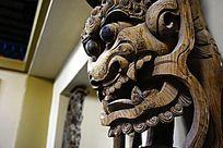 守护神兽木雕