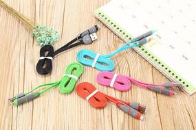 USB数据线摄影图