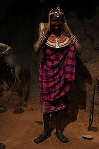 非洲女人雕塑