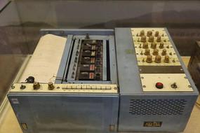 内燃机车轴温记录仪