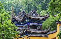 千山灵岩寺钟楼顶部