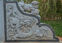 中国龙浮雕