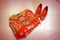 龙凤褂婚鞋