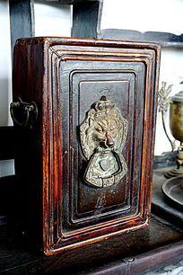 古老木箱子