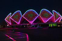 美丽的夜景体育馆