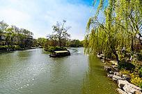 大明湖公园的画舫