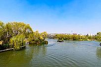 大明湖游船