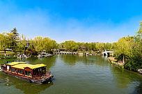 济南大明湖公园一角