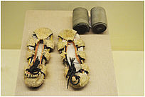 清代镂空布鞋