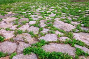 石块铺装地面