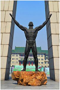 胜利者人物雕塑