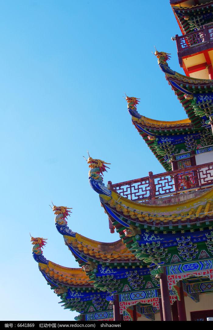 中式彩绘古建筑图片