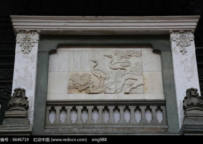 壁刻仙鹤松树纹雕像图片,高清大图_雕刻艺术素材