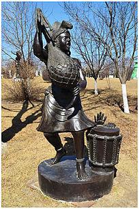 刚果人物雕塑