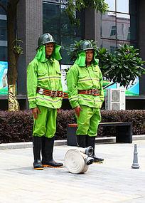消防演习之列队检查
