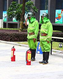消防员列队准备操演
