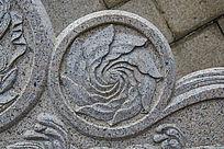 千山弥勒宝塔石阶围栏花的雕刻