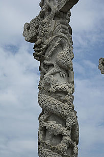 石雕龙盘柱龙雕