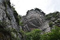 突兀的岩石-山川自然风景